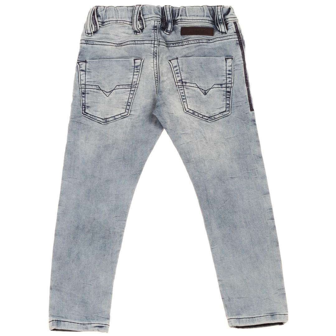 1043187440bd1 Ubrania dla dzieci. Spodnie chłopięce DIESEL