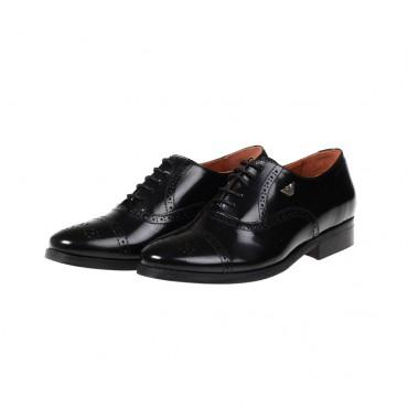 Garniturowe buty dla chłopca Armani Junior U4592